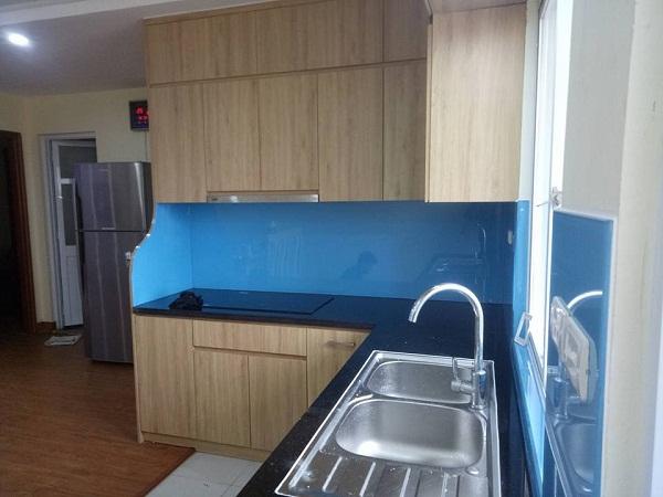 Kính bếp xanh dương