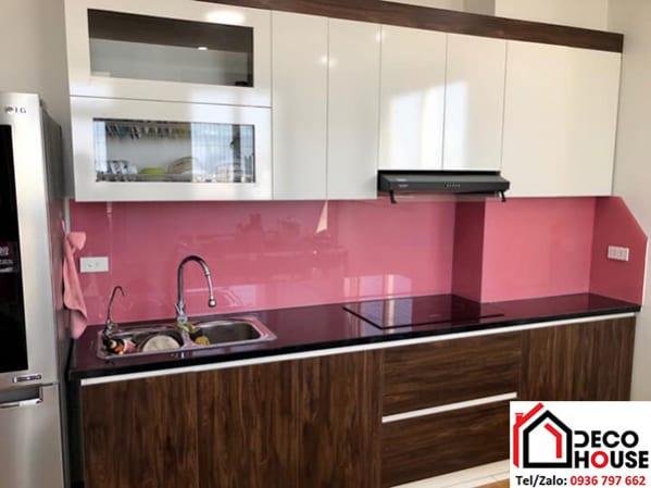 Kính ốp bếp màu hồng đẹp