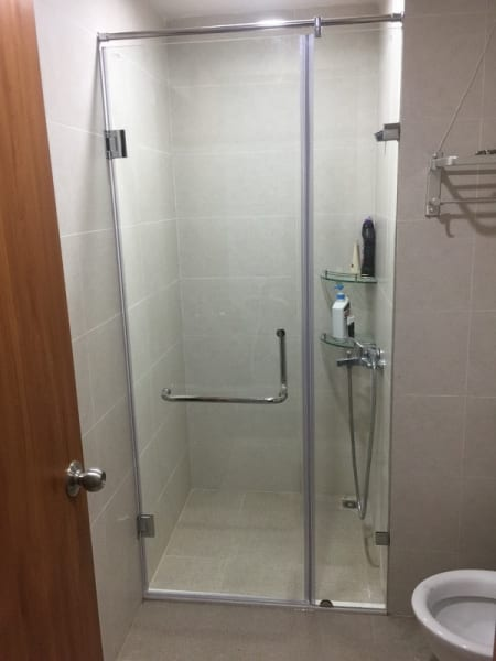 Phòng tắm kính cường lực 2 tấm