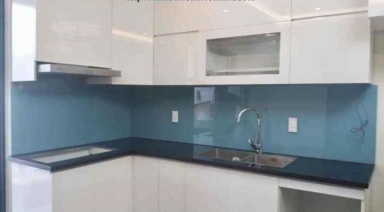 Kính ốp tường bếp màu xanh lơ
