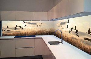 Kính ốp bếp hoa văn 3D hình hoàng hôn