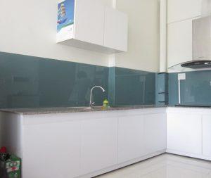 Đơn vị lắp kính màu ốp bếp uy tín tại Hà Nội