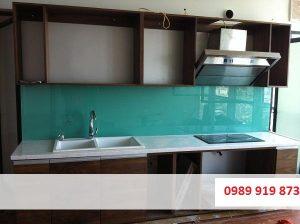 Nhận lắp đặt kính màu ốp bếp tại Quận Thanh Xuân giá rẻ