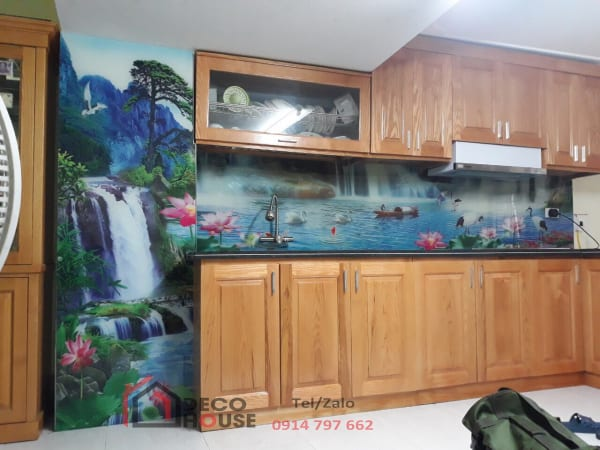 Tranh kính ốp bếp 3d phong cảnh hồ sen, con cò thác nước
