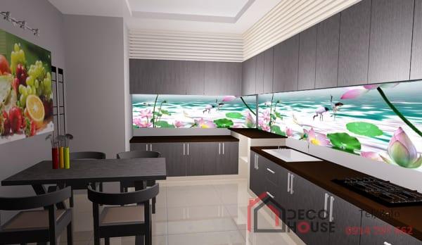 Tranh kính ốp tường bếp in hoa sen, con cò