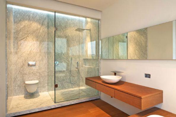 Phòng tắm kính trong suốt - xu hướng thiết kế nội thất hiện đại