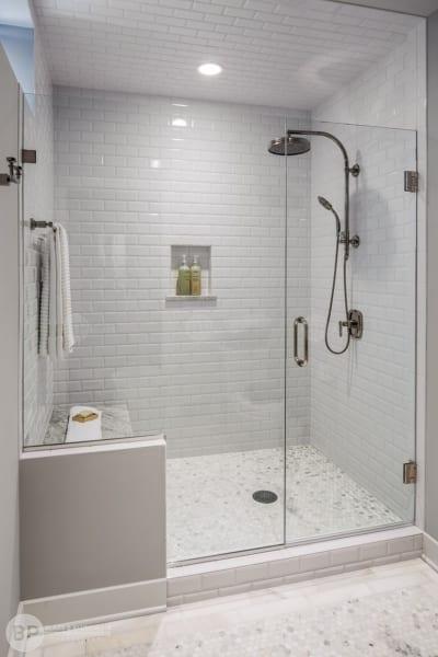 Lắp đặt Cabin phòng tắm kính 180 độ đẹp, giá tốt
