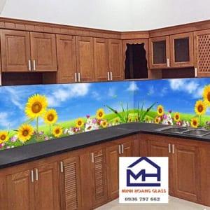 Kính ốp tường bếp 3d hình hoa hướng dương