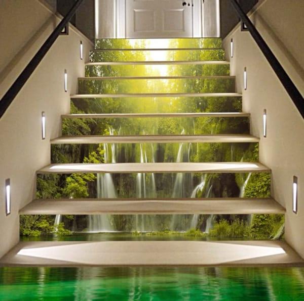 Tranh ốp bậc cầu thang bằng kính