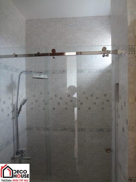 Cửa kính lùa phòng tắm 2 tấm