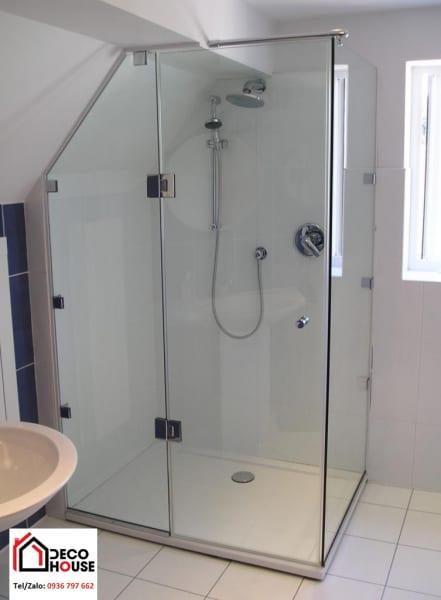 Mẫu phòng tắm kính nhỏ tiết kiệm diện tích