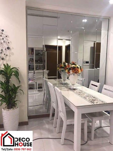 Gương ốp tường trang trí phòng ăn