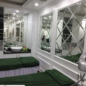 Gương trang trí spa