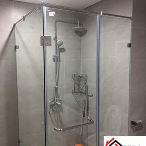 Vách ngăn kính mờ phòng tắm