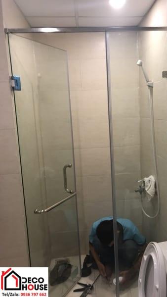 Thi công vách ngăn phòng tắm kính tại Hà Nội