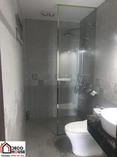 Vách ngăn kính cường lực nhà tắm