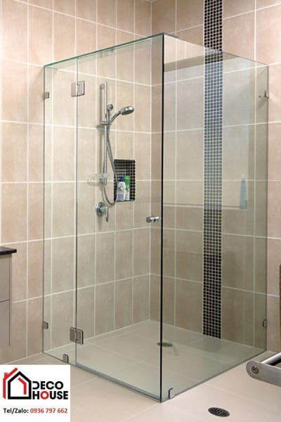 Cabin vách kính phòng tắm đứng vuông góc