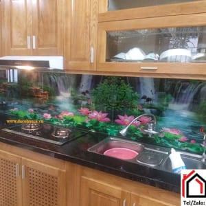 Kính ốp bếp phong cảnh sơn thủy đẹp