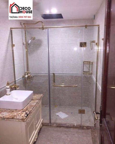 Phòng tắm kính phẳng phụ kiện mạ vàng