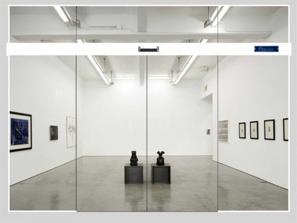 Lắp đặt cửa kính Zamilldoor bán tự động tại phòng triển lãm