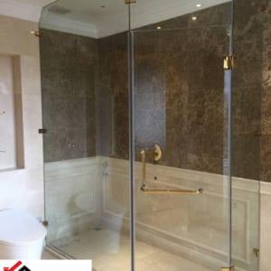 Vách kính phòng tắm phụ kiện mạ vàng