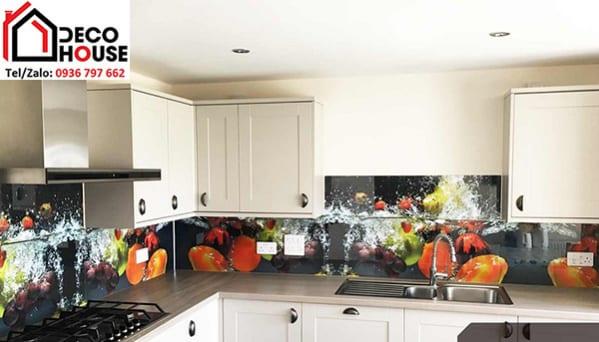 Kính ốp bếp 3d họa tiết hoa quả