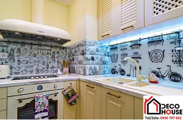 Tranh kính 3d dán tường bếp