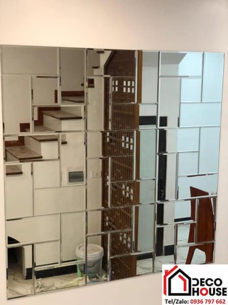 Gương ghép ô dán tường trang trí