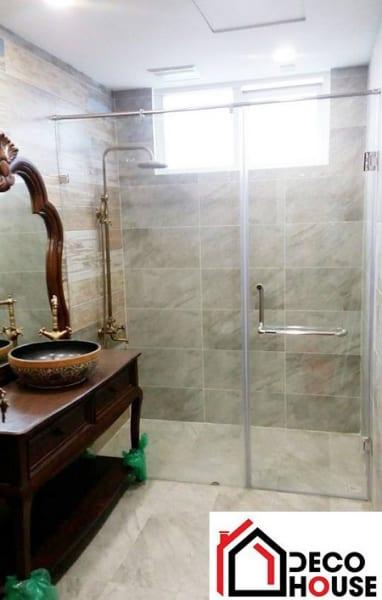 Thi công vách kính tắm tại Đống Đa, Hà Nội