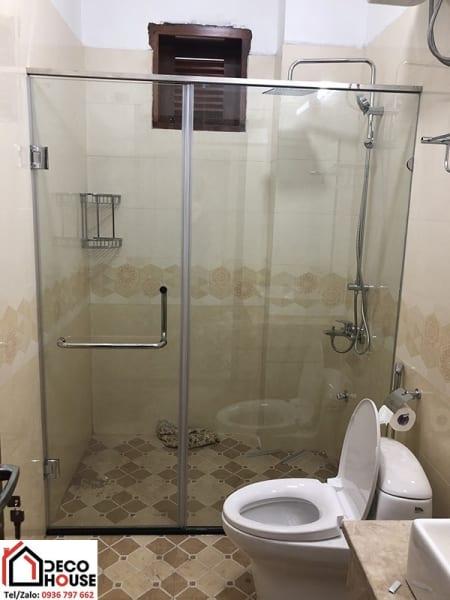 Vách kính nhà tắm 180 độ 2 tấm