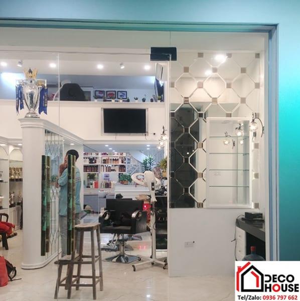 Gương ốp trang trí cửa hàng