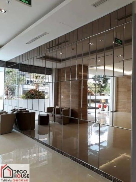 Gương ốp trang trí sảnh tòa nhà
